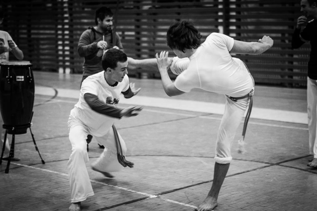 Capoeira Oxumare BB 24